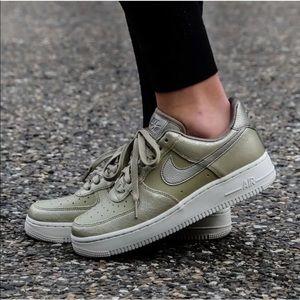 Women's Nike Air Force 1 '07 Premium Sneakers
